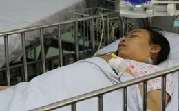 Làm 'cầu vượt' mạch máu cứu bé gái 13 tuổi liên tục nôn ra máu