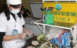 Yên Bái: 38 học sinh cấp cứu sau bữa cơm khai giảng