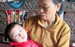 Bé 5 tuổi mồ côi cha bị bại não, mẹ bỏ đi biệt xứ