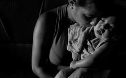 'Bà mẹ chiến binh' một mình nuôi con bị zika