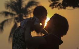 Quan tâm chăm sóc mẹ và bé để tránh trầm cảm sau sinh