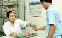 Nỗi lo của người nhiễm HIV khi thuốc ARV không còn cấp miễn phí