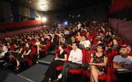 Khán giả nô nức đến rạp xem phim Việt miễn phí