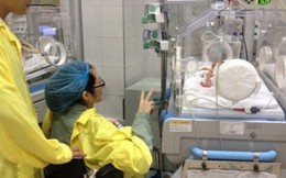 Em bé của nữ cảnh sát 'nhường sự sống cho con' tiến triển tốt
