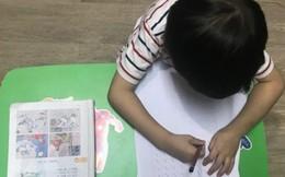 Sự 'trừng phạt' đáng sợ của người mẹ khiến nửa đêm con vẫn đòi học bài