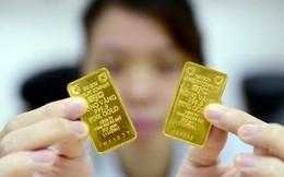 Giá vàng SJC giảm gần 350.000 đồng sau 1 tháng giao dịch