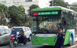 Phụ nữ từ bỏ xe buýt nhanh vì bất tiện