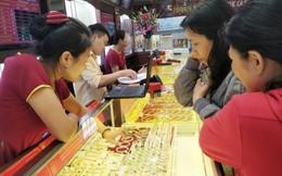 Giá vàng trong nước 'bốc hơi' 650.000 đồng mỗi lượng sau 1 ngày