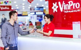 'Rinh' Camry 2.5 cùng Vingroup Card