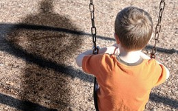 Xâm hại tình dục trẻ em nam: Góc khuất còn bỏ ngỏ