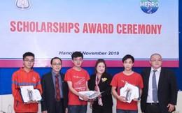 3 sinh viên xuất sắc Đại học Y Hà Nội nhận học bổng MERRO