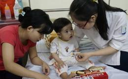 Học sinh Hà Nội đá bóng từ thiện vì trẻ bị bệnh tim