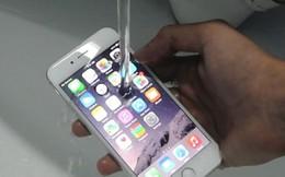 Apple từ chối bảo hành tính năng chống nước ở iPhone 7