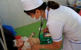 Kon Tum: 50 trẻ mẫu giáo nhập viện nghi ngộ độc thực phẩm