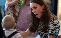 10 khoảnh khắc cho thấy Kate Middleton là người yêu trẻ con