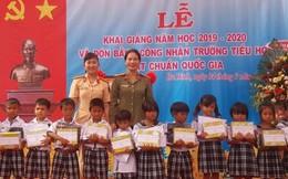 Hội Phụ nữ Công an tỉnh Quảng Ngãi 'Đồng hành cùng trẻ đến trường'