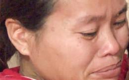 Người phụ nữ tật nguyền nuôi con thơ, mẹ già đau yếu
