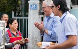 Hình ảnh dân dã của lãnh đạo nước ngoài khi đến Việt Nam 'gây sốt' trong cộng đồng