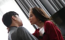 Nhã 'tiểu tam' kể chuyện suýt ngã vì hôn Vũ trong 'Về nhà đi con'
