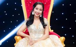 Ốc Thanh Vân lộng lẫy như công chúa dự lễ hội cùng thiếu nhi