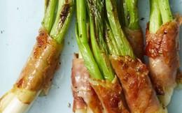 Cách làm thịt xông khói cuộn hành lá