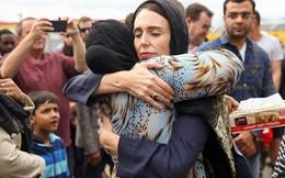 Nữ Thủ tướng New Zealand kiên cường trước 'bão táp' sau vụ xả súng