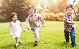 Cha mẹ nên đưa con đi khám ngay nếu con nghịch và hiếu động thái quá