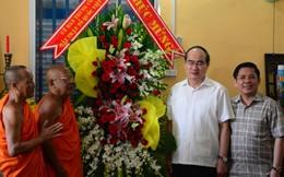 Chủ tịch Uỷ ban TƯMTTQ VN Nguyễn Thiện Nhân chúc Tết Chôl Chnăm Thmây