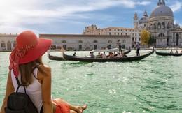 Tour du thuyền châu Âu trăm triệu đồng: Hàng mới hút khách dịp 30/4