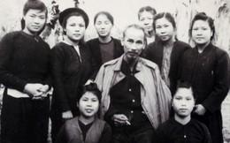 Những vần thơ của Bác Hồ ca ngợi phụ nữ Việt Nam