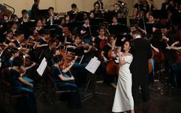 Đông Nhi hát cùng Dàn nhạc giao hưởng Evergreen