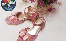 Giày xinh xắn cho bé gái giá chỉ từ 23.500 đồng
