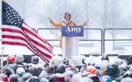 Nữ thượng nghị sĩ tuyên bố tranh cử Tổng thống Mỹ trong bão tuyết