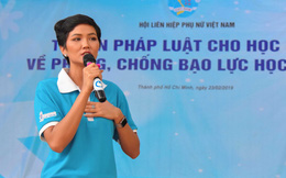 Đại sứ 'Năm an toàn cho phụ nữ và trẻ em' H'Hen Niê truyền thông điệp tới các bạn trẻ
