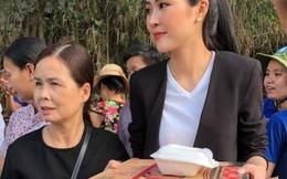 Hoạt động cứu trợ vùng lũ miền Trung diễn ra khẩn trương, tích cực