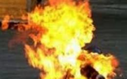 Con gái bị cướp đốt chết ở Angola, gia đình không có tiền đưa về nước