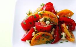Salad cà chua thanh nhẹ giải ngán bữa ăn ngày Tết