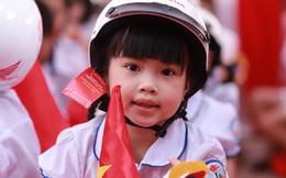 Trao tặng gần 2 triệu mũ bảo hiểm cho học sinh lớp 1
