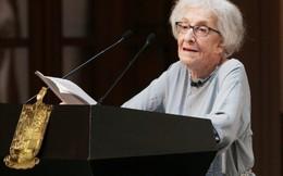 Nhà thơ nữ 95 tuổi đoạt giải 'Nobel của văn học tiếng Tây Ban Nha'