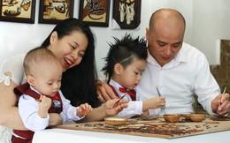 """Nữ doanh nhân """"xuất khẩu văn hóa"""" bằng tranh gạo Việt"""