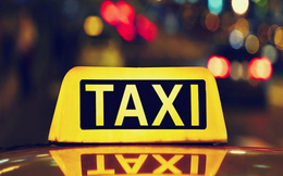 Bố để con gái 10 tuổi đi taxi một mình, 'phớt lờ' nguy cơ bị xâm hại