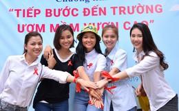 Hoa hậu H'Hen Niê, siêu mẫu Quỳnh Hoa tiếp bước đến trường cho trẻ HIV/AIDS