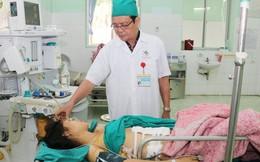 Cứu sống bệnh nhân bị chồng đâm 10 nhát, thủng động mạch chủ