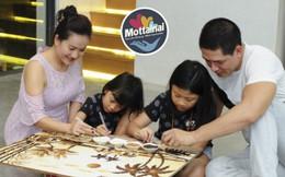 Gia đình Bình Minh làm tranh gạo bán đấu giá tại Ngày hội Mottainai
