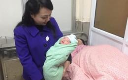 Bác sĩ Bệnh viện Phụ sản Hà Nội thu nhập đến 100 triệu đồng/tháng