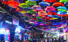 Cuối tuần check - in tuyến phố 'sống ảo' vạn người mê ở ngay Hà Nội