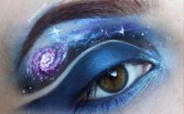Những đôi mắt 'nở hoa'