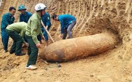 Nghệ An: Phát hiện quả bom nặng 1,3 tấn trong vườn nhà dân