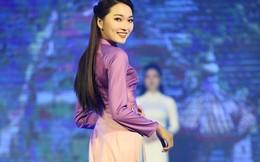 Người đẹp ảnh Ngọc Nữ rạng ngời diễn áo dài