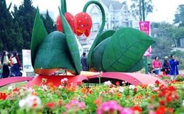 Chai vang 2.000 lít tại Festival Hoa Đà Lạt